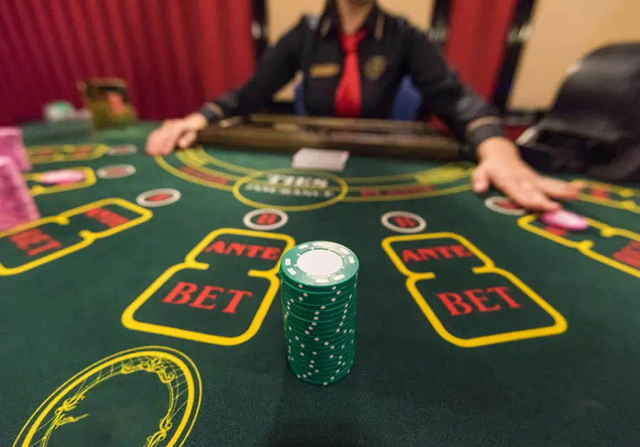 Playing Table Games Online
